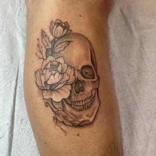 Fine Line Skull