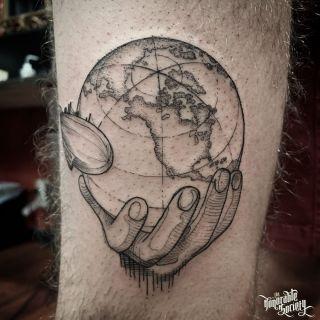 Minimalist Globe